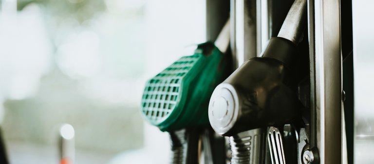 Degvielas uzpildes stacija.jpg